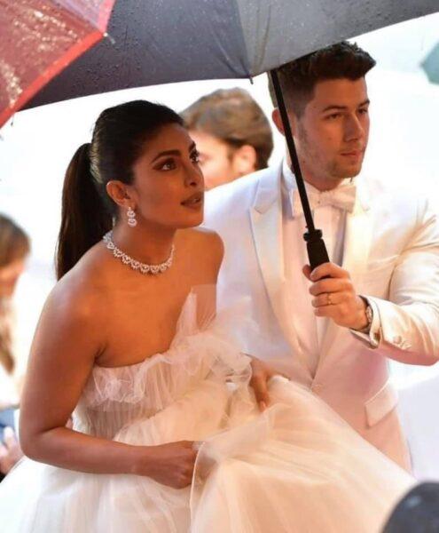 Celebrity Couples Who Met Online